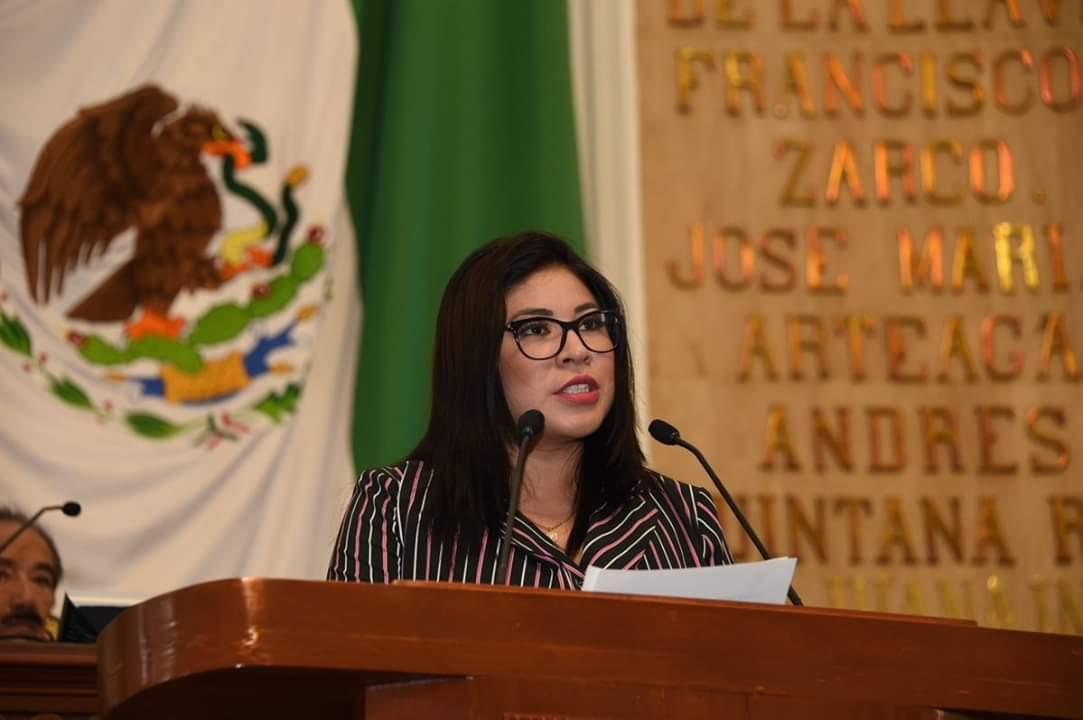 Lourdes Paz