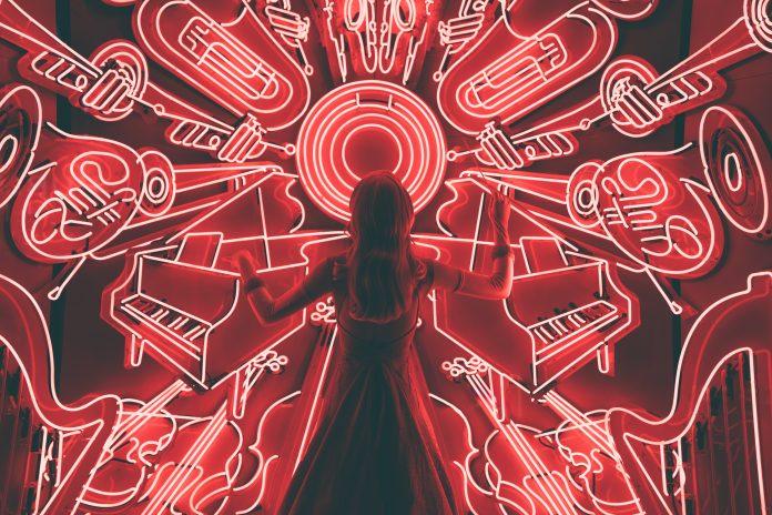 Huérfana de música