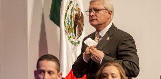 Funcionarios de Bonilla investigados por corrupción piden licencia