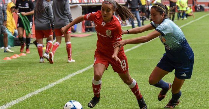 #CuandoTodasJuegan: Mujeres futbolistas de México publican manifiesto sobre desigualdad de género