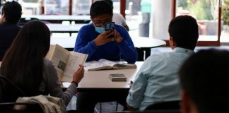Gobierno recorta 50% becas para alumnos de El COLMEX y elimina apoyos en el Instituto Mora