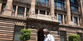 Indispensable establecer medidas fiscales para enfrentar COVID-19: Banxico