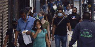 ¿El coronavirus se propaga por el aire? 239 científicos advierten que sí en una carta dirigida a la OMS