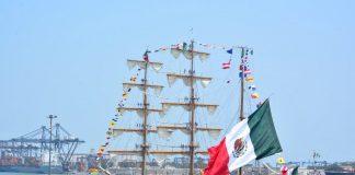 Empresa que maneja el Puerto de Veracruz es del gobierno, no privada como dijo AMLO