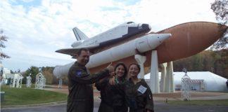 Mexicana seleccionada para ir a la NASA busca ayuda