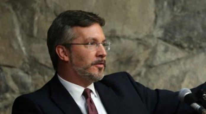 Conacyt otorga presupuesto de 5.8 millones de pesos a proyecto de John Ackerman
