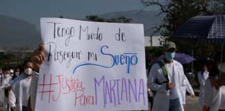 Estudiantes de medicina enfrentan acoso constante, pero autoridades no sancionan a agresores